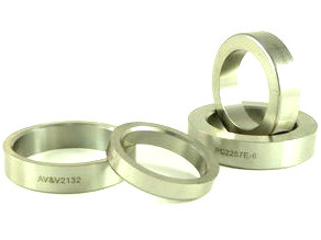 Valve Seat. Fits all H-D, Oversize. Outside Diameter = 2.132in., Inside Diameter = 1.800in., Thickness = .460in.