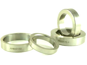Valve Seat. Fits all H-D, Oversize. Outside Diameter = 2.163in., Inside Diameter = 1.750in., Thickness = .455in.