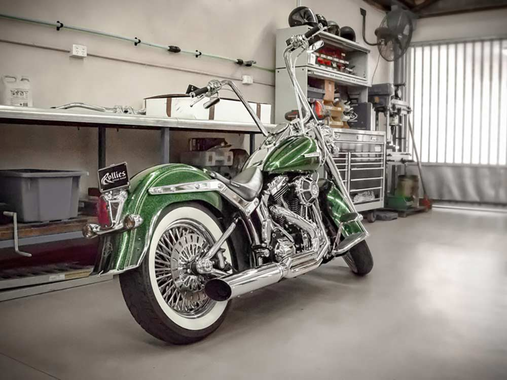 Fat Cat 2-into-1 Exhaust with Straight Muffler - Chrome. Fits Softail 1986-2017.