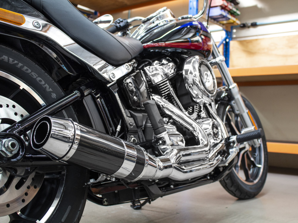 Bob Cat 2-into-1 Exhaust with Chrome Finish & Carbon Fibre Sleeve Muffler. Fits M8 Softail 2018up.