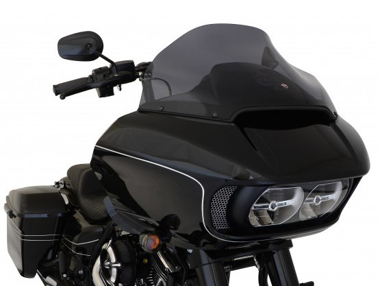 14in. Sports Flare Windshield – Dark Smoke Tint. Fits Road Glide 2015up.