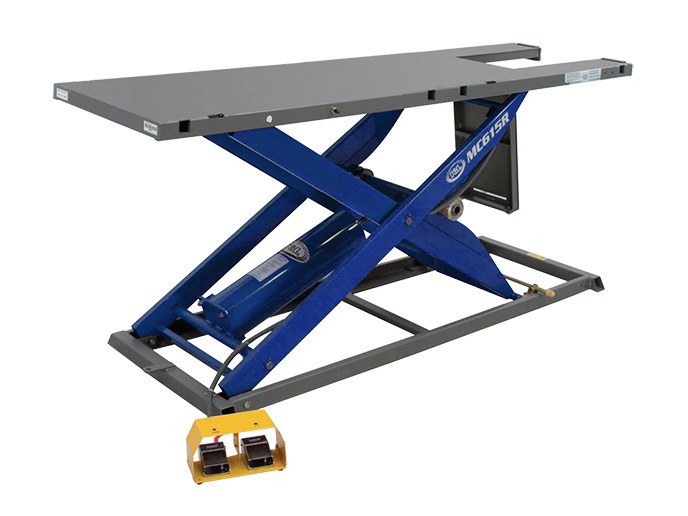 MC615R Bike Lift with Blue Finish & Lifting Capacity of 1000 lbs.