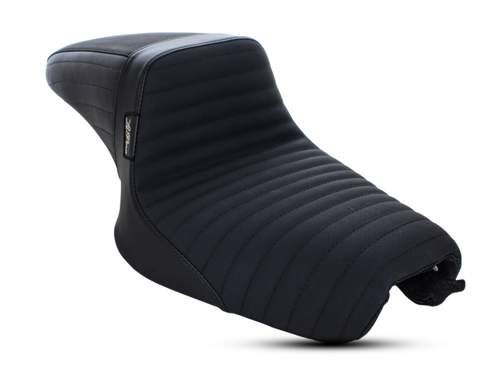 Kickflip Seat with Pleated Gripper Tape. Fits Sportster 2004-2006 & Sportster 2010up Models with either 3.3 or 4.5 Gallon Tank.