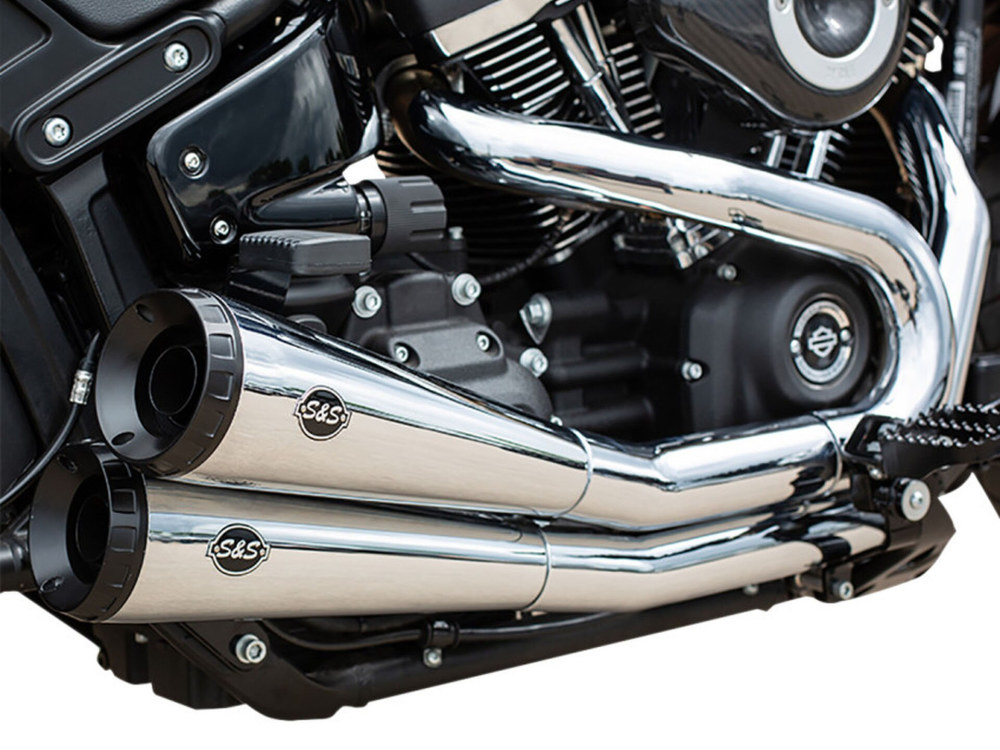 Grand National 2-into-2 Exhaust - Chrome with Black End Caps. Fits Street Bob, Low Rider, Slim, Fat Bob & Deluxe 2018up.
