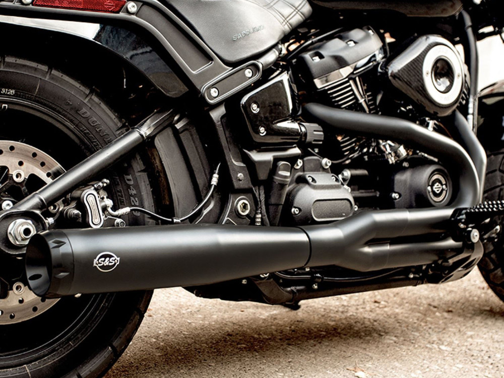 2-into-1 SuperStreet Exhaust - Black with Black End Cap. Fits Softail 2018up Non-240 Rear Tyre Models.