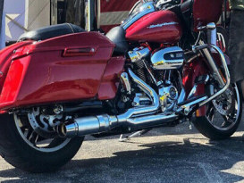 Bob Cat 2-into-1 Exhaust - Chrome with Polished Aluminium Sleeve Muffler. Fits Touring 2017up.