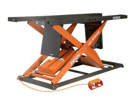 MC625R Bike Lift with Lifting Capacity of 1750 lbs & 29.5in. x 86.5in. Deck - Orange & Black.