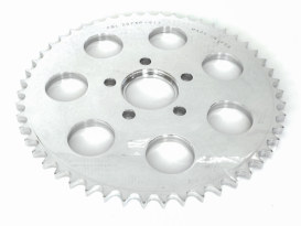 51 Teeth, Flat Alloy Rear Chain Sprocket with Polished Finish. Fits all Big Twin 1973up Wheels & all Sportster 1982up Wheels.