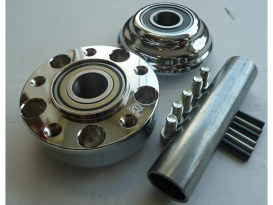 Front Wheel Hub with Chrome Finish. Fits Ride Wright Spoke Wheel on Dyna Wide Glide 2012up & FLD 2012up Models with ABS.